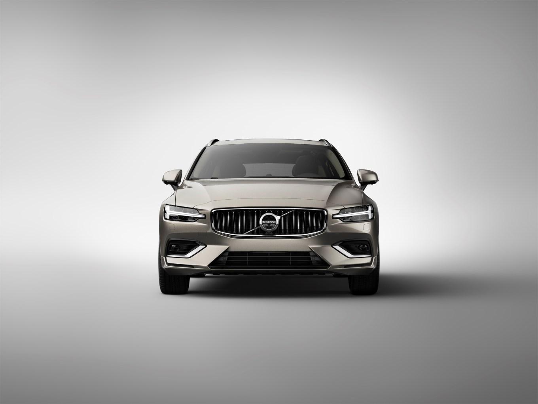 223561_New Volvo V60 exterior.jpg